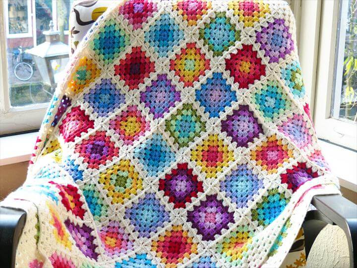 28 Classic Crochet Granny Square Projects  DIY to Make