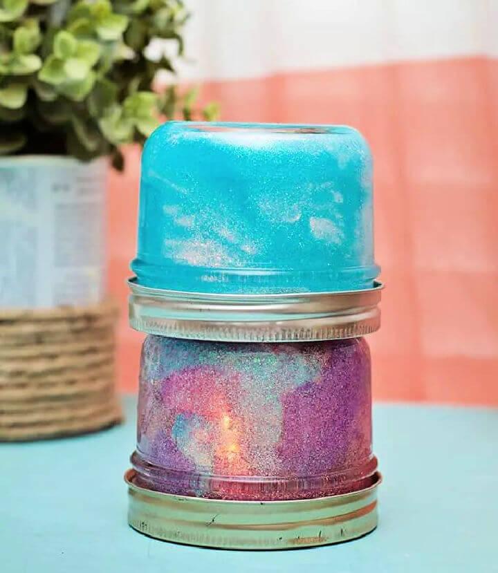 When it's totally dark outside, the mason jar lights look like balls of fireflies. 30 Diy Mason Jar Lights Ideas To Make At Home