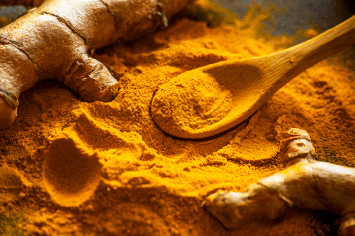 Turmeric Powder For Pimples On Lips