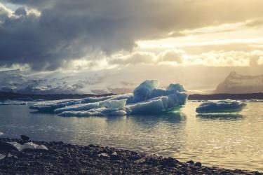 Ice Berg, Straight Ahead!
