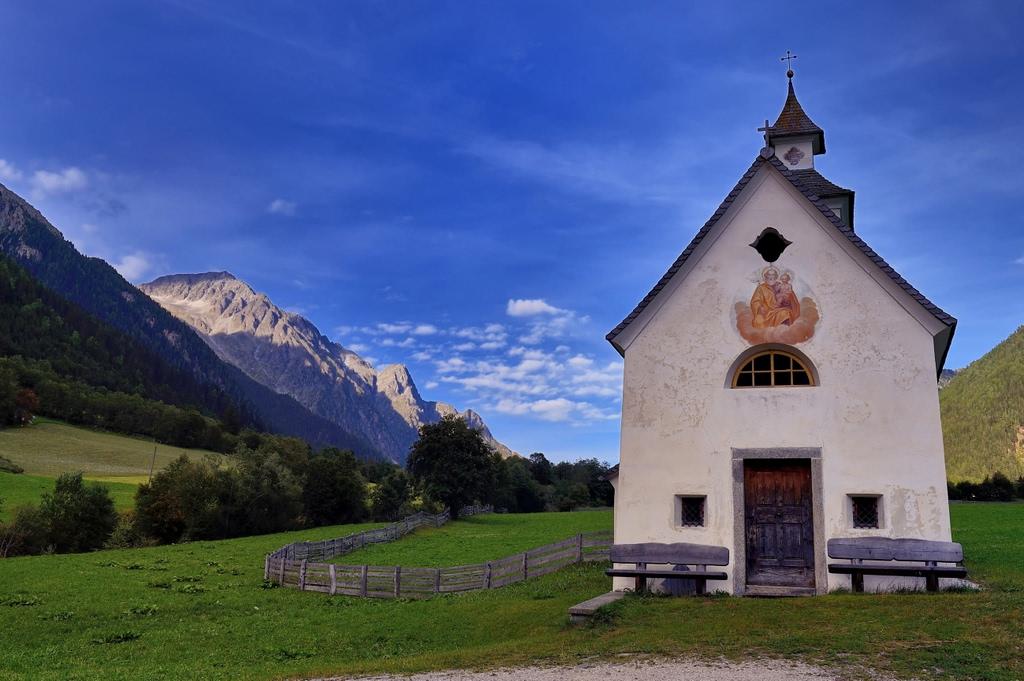 Chiesa dizionario significato e curiosit