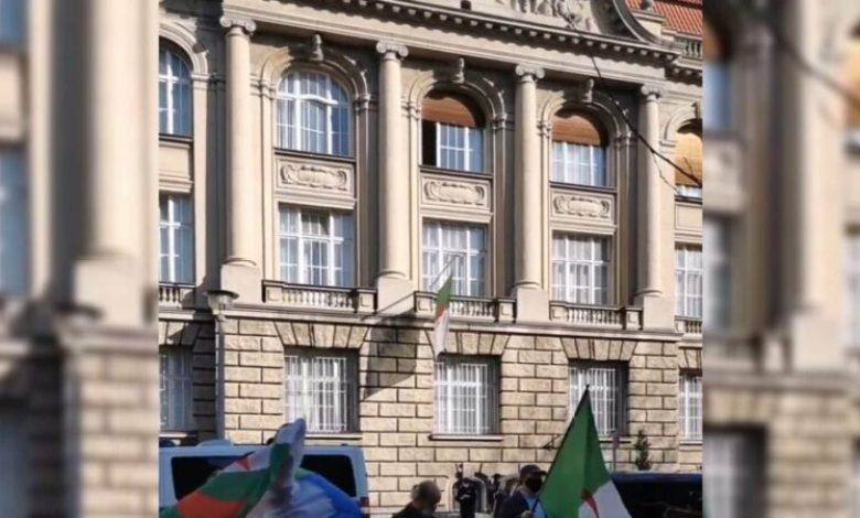 صورة الجالية ببرلين-تحي الذكرى الثانية لحراك22 فيفري بمسيرة مماثلة