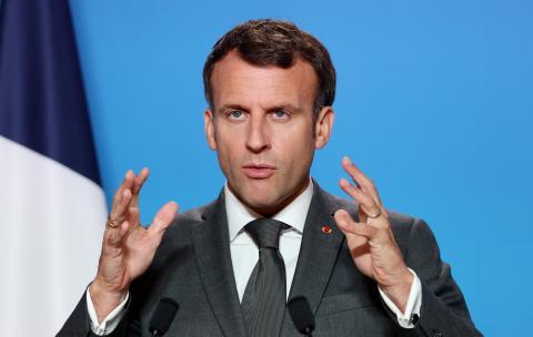 صورة إيمانويل ماكرون: التلقيح بفرنسا ليس إجباري حاليا
