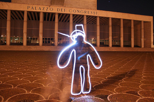 40+ Awesome Light Graffiti Pictures 24