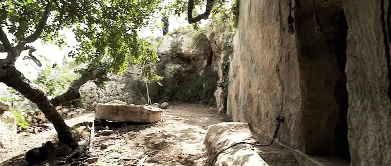 empty tomb rising movie set
