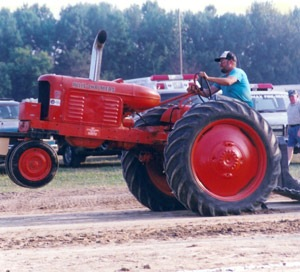 Antique Tractor and Truck Pull — Defeat of Jesse James Days