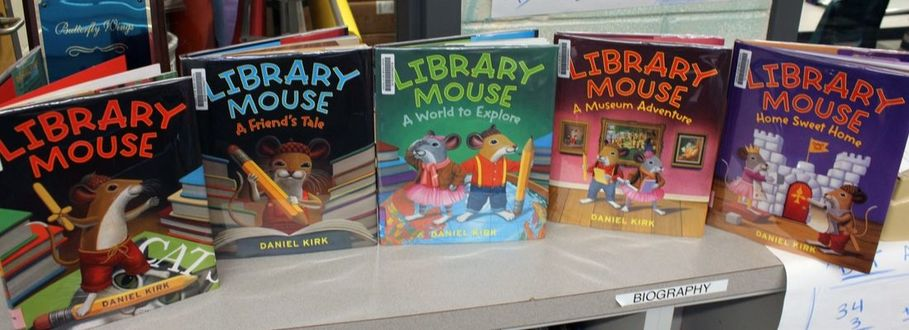 LIBRARY MOUSE LESSON
