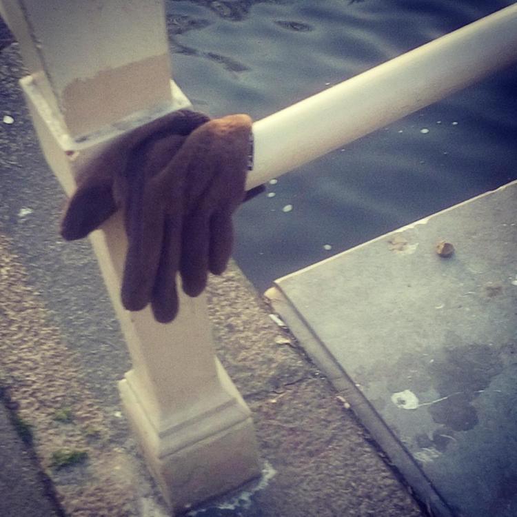 Verloren handschoen #6