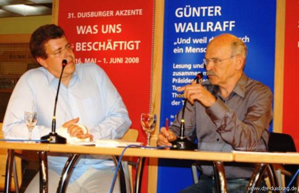 Thomas Münten spricht mit Günter Wallraff