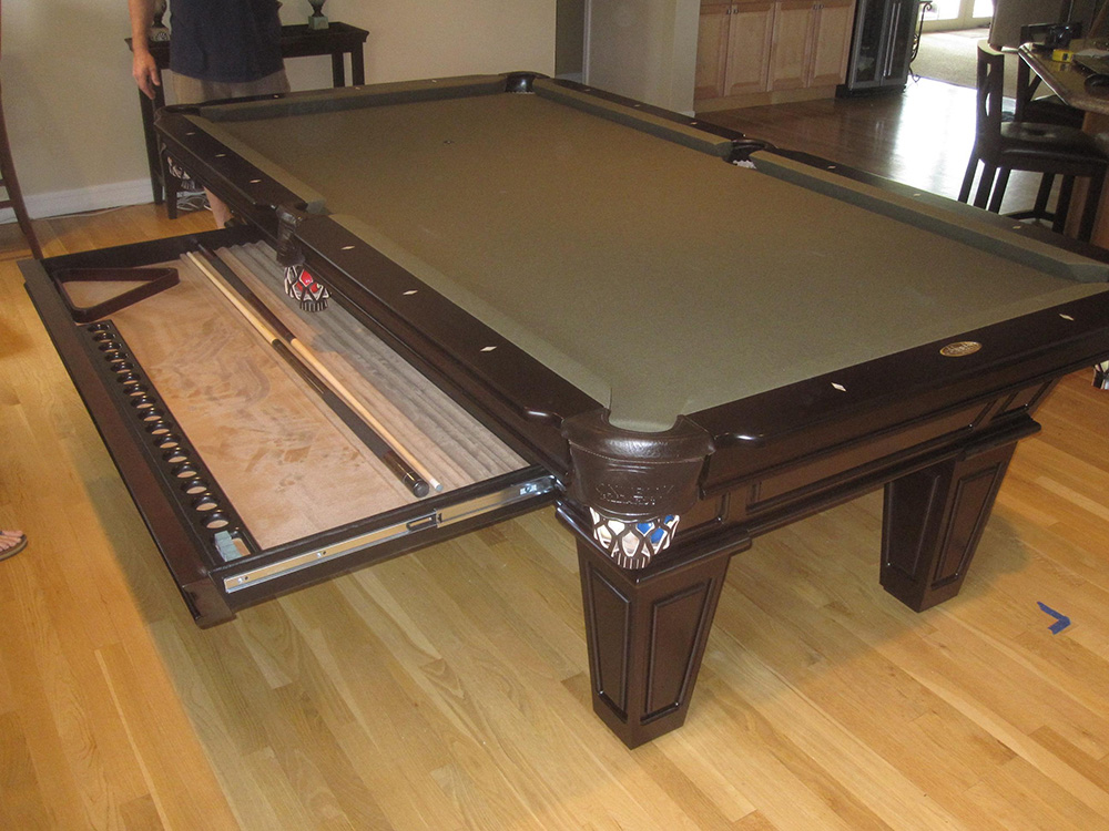 Pool Table King - Connelly billiard table