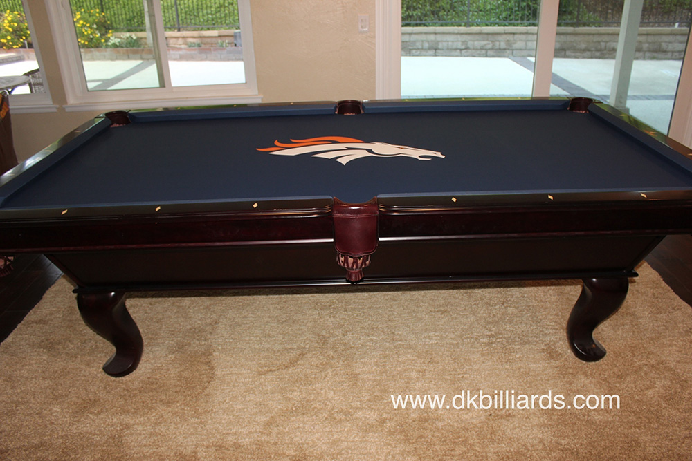 Exceptionnel NFL Broncos Pool Table