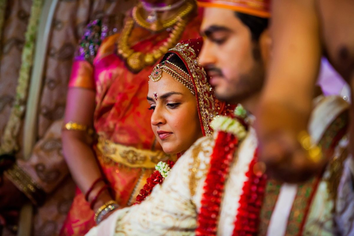 Esha + Bharat - Juhu Isckon Temple Wedding - Mumbai