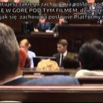 Jak sie achowują posłowie PO podczas swojej pracy w Sejmie?