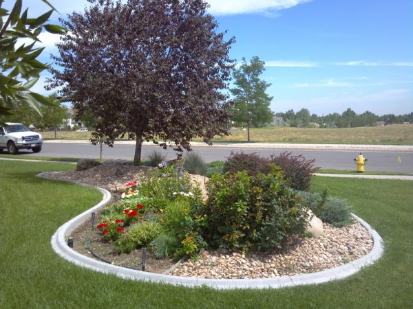 decorative landscape borders installer