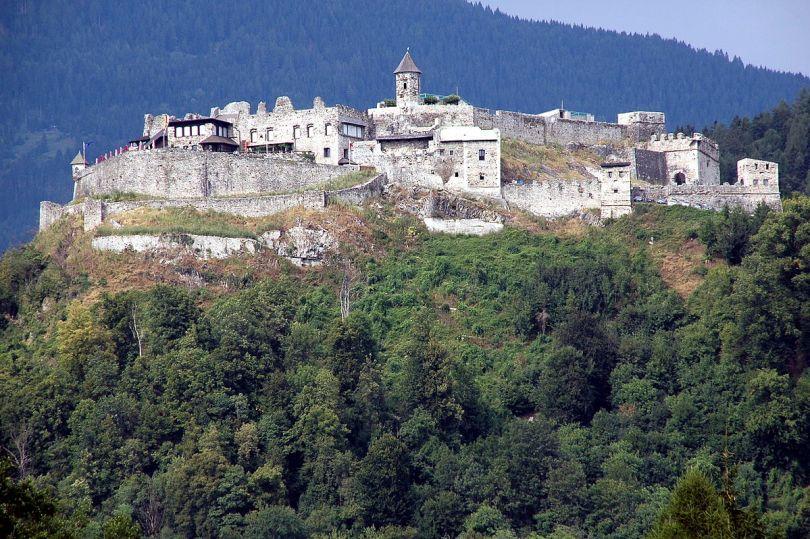 قلعة لاندسكرون