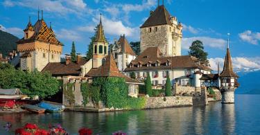 اشهر قلاع سويسرا