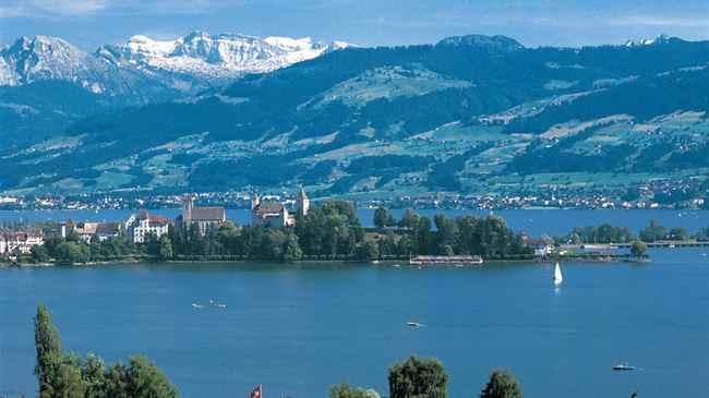 الطبيعة الخلابة في سويسرا