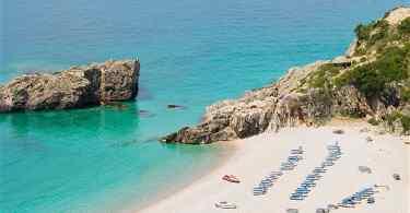 شواطئ البانيا