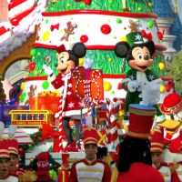 7 New Disneyland Paris videos to watch now
