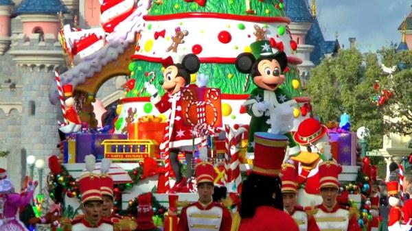Disney's Christmas Parade Disneyland Paris Video