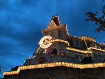 Casey' Corner Menu Dlp Town Square - Disneyland Paris