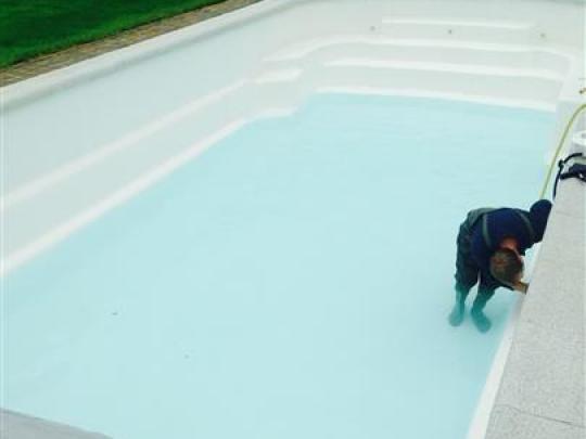 dm-zwembaden-projecten-renovatie-opkuis-zwembad-sint-andries-brugge-01