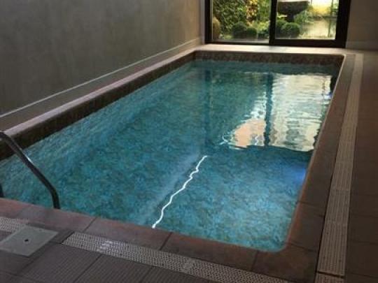 dm-zwembaden-projecten-renovatie-zwembad-brugge-flanders-hotel-01