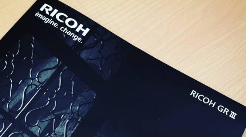 RICOH GR III カタログ
