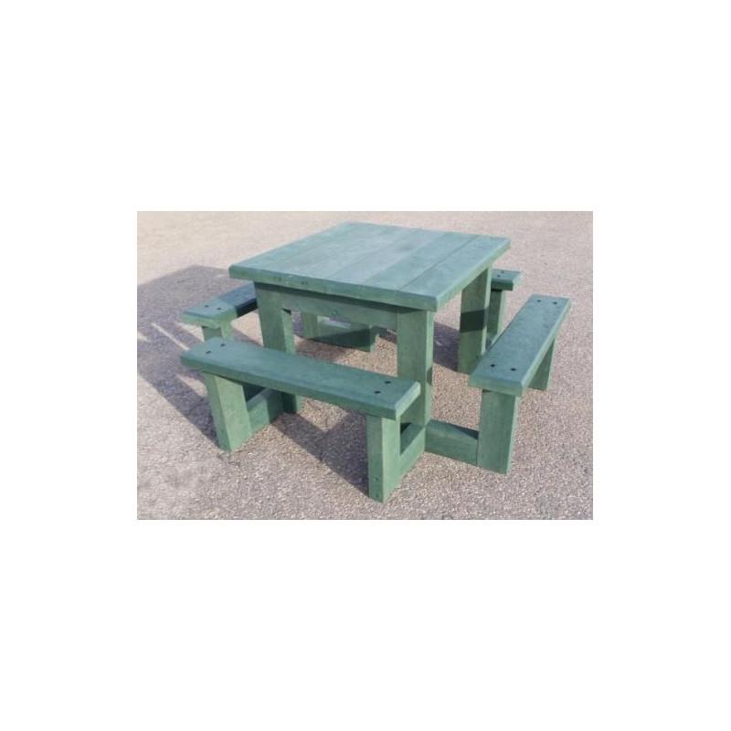 table de pique nique en recycle pour enfant table en plastique pour enfant pom d api