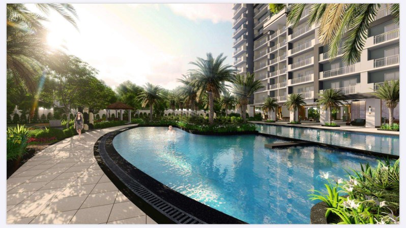 Sonora Garden Residences Lounge Pool