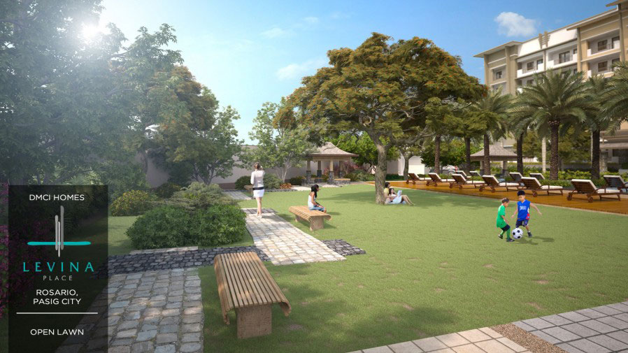 Levina Place Open Lawn