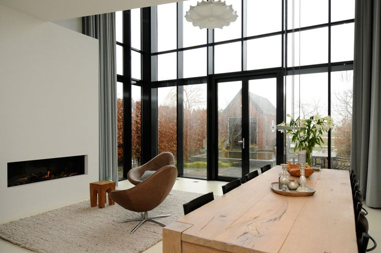 rooms with high ceilings