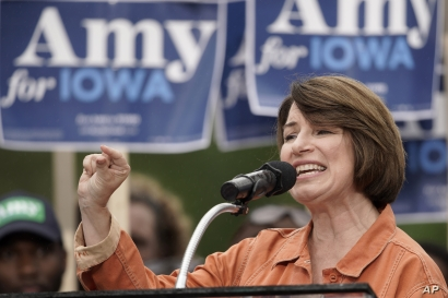 Democratic presidential candidate Sen. Amy Klobuchar, D-Minn. speaks at the Polk County Democrats Steak Fry, in Des Moines, Iowa, Saturday, Sept. 21, 2019. (AP Photo/Nati Harnik)