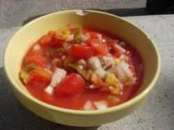 976935_home-made_salsa