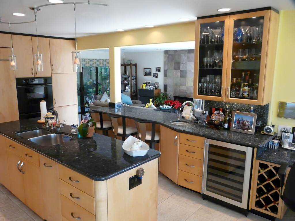 blue pearl granite kitchen discount cabinets grand rapids mi timeless maple & black hub - danilo nesovic ...