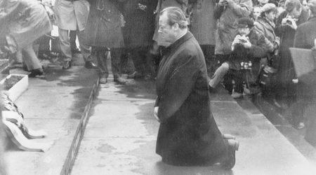 Канцлерът Вили Бранд във Варшава, 7 декември 1970 г.