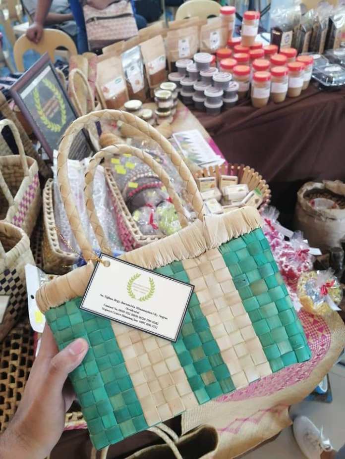 Have bag, will travel. The exhibit also displays native products such as this bag from Sitio Tighao, Brgy. Buenavista, Himamaylan.   Photo and text by Jose Aaron Abinosa