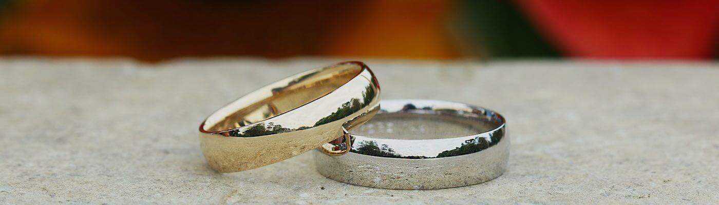 Gold vs Platinum  Whats the Best Metal for Your Ring