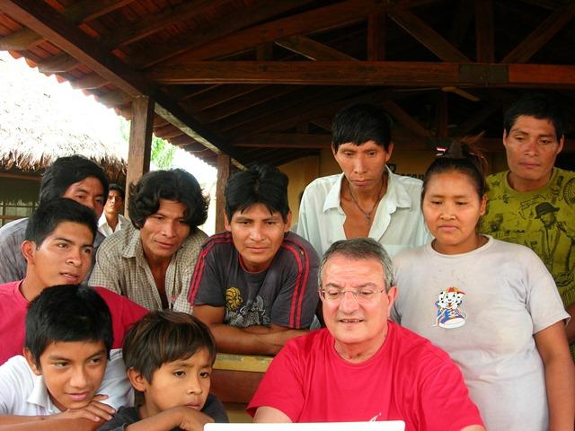 Educación especial, área rural en el Beni, Bolivia