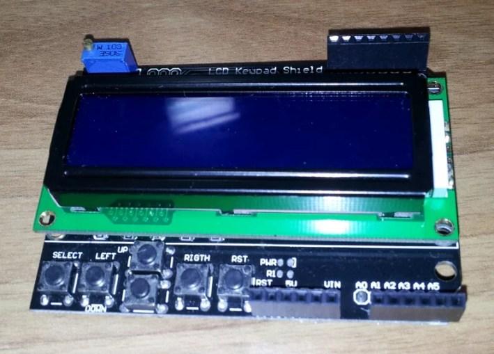 Display LCD 4 bits com Arduino