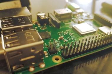 Selecionar modo de boot por GPIO Raspberry 3BT| ext to speech com Raspberry | Gerar binário a partir do script Python | resolvendo nomes | iniciar programa no boot | Multithread no Raspberry | Compilar programas escritos em Python