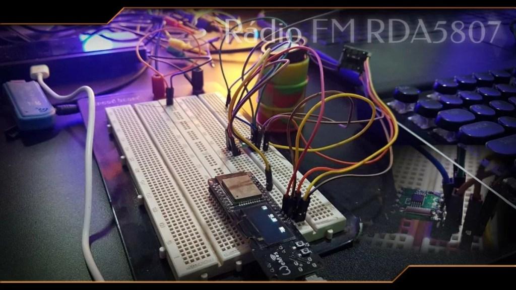 Rádio FM RDA5807