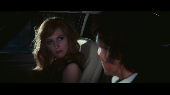 The Night Evelyn Came Out of the Grave Blu-ray screen shot 3