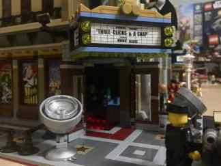 Lego Palace Cinema doppelt mit Doctor Strange Portalbestie 24