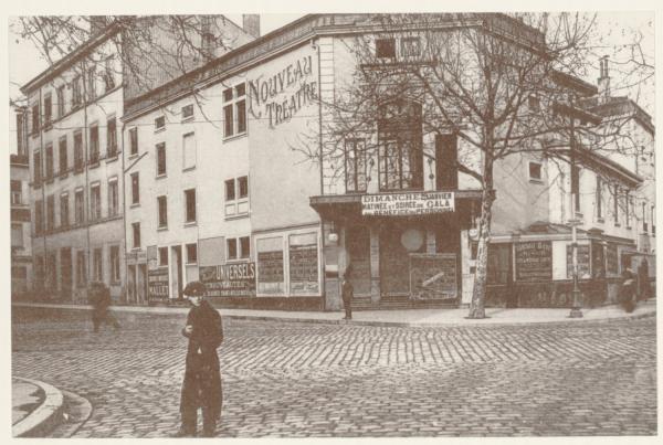 L'Eldorado - 33 cours Gambetta (3ème arrondissement). L'établissement existe depuis 1894, installé à l'emplacement de l'ancienne brasserie Corrompt. Activité cinématographique attestée dans le Progrès dès 1899 (National Vitograph) et à partir de 1905.