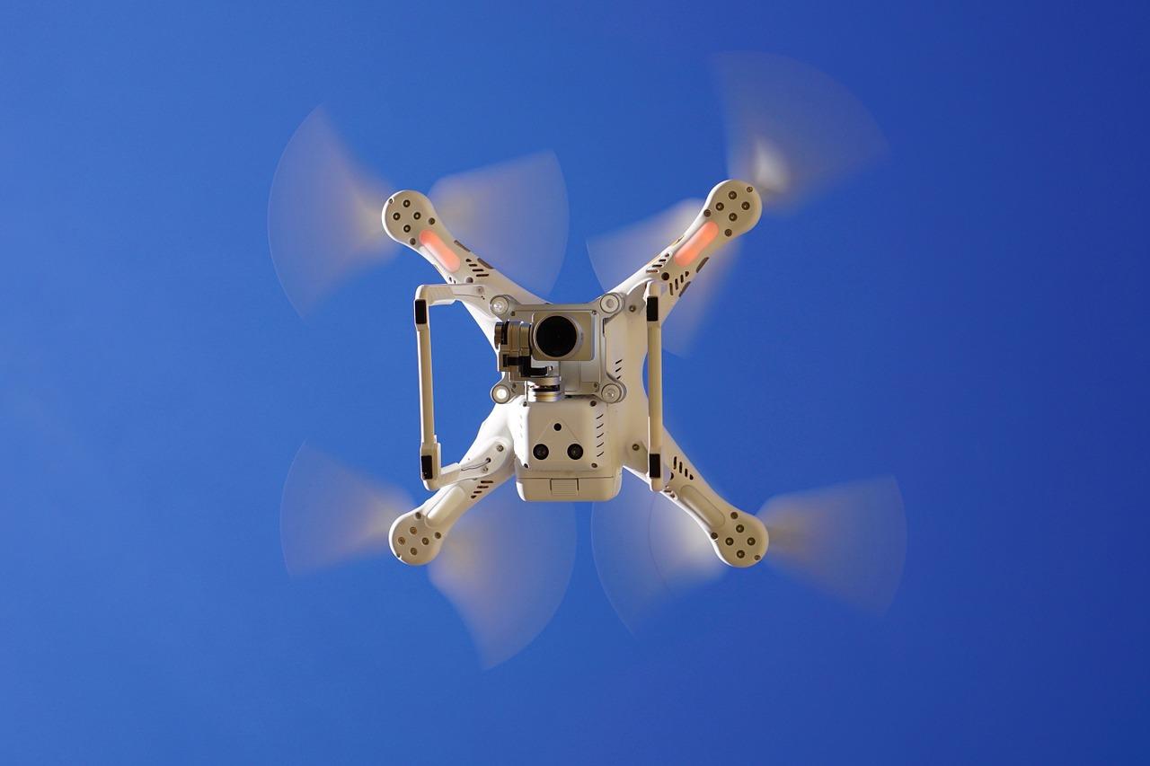 [ Haftpflicht! } Drohnen und Quadrocopter günstig versichern!