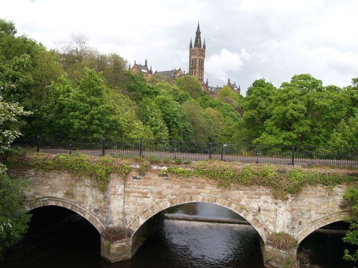 22 Glasgow 11 Kelvingrove Park statues monuments