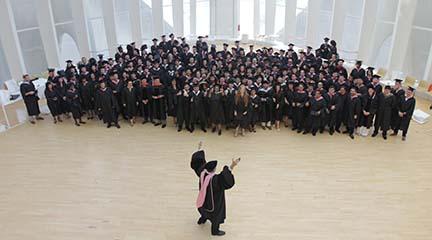 universidad  143 estudiantes de 31 países se han graduado en los Másteres ofrecidos por el Campus de Berklee en Valencia