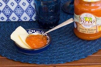 Doce de abóbora servido com queijo na sobremesa
