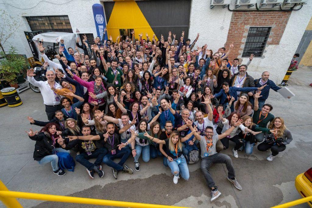 escuela nomada digital comunidad